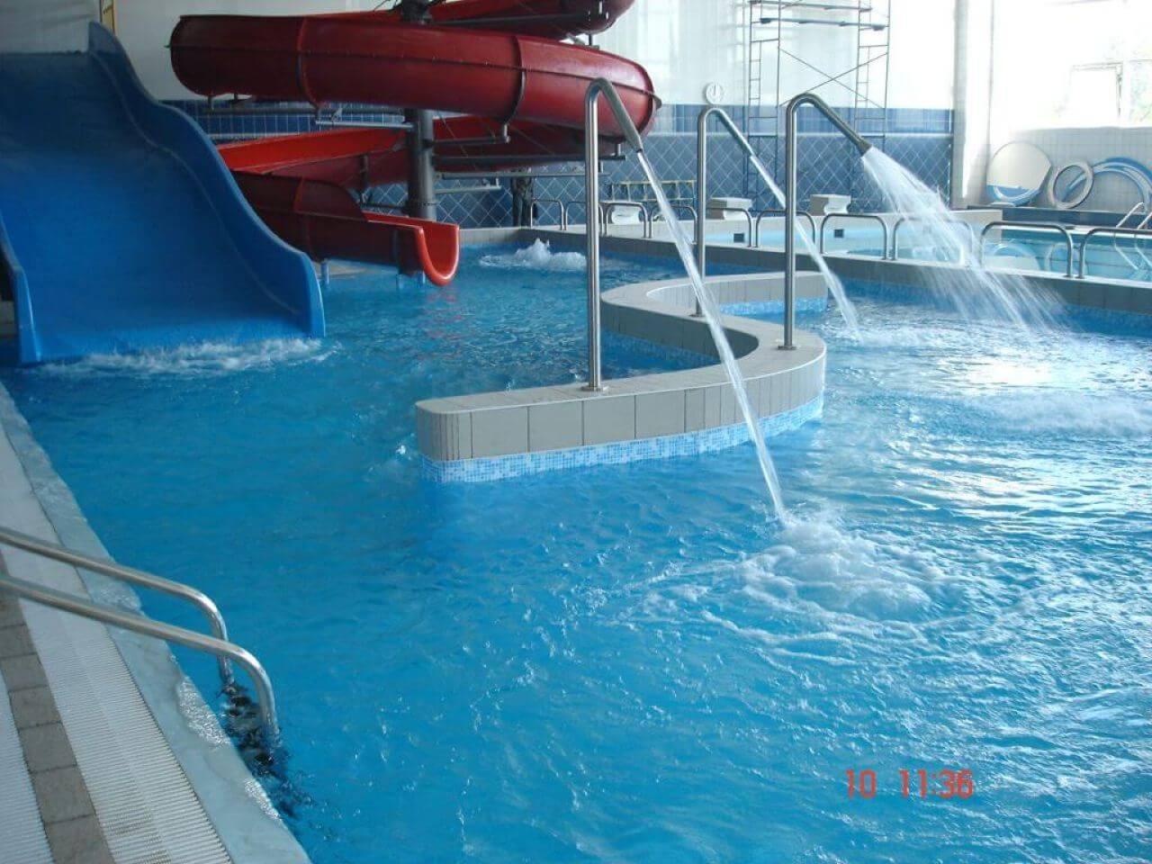 Горки для бассейна